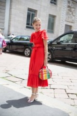 Summer street style – red dresses – feminine style outfits – ruffles