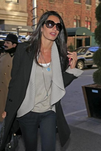 Amal Clooney perfect layered look ~ elegant women ~ women with style ~ stylish outfits ~ casual chic outfit