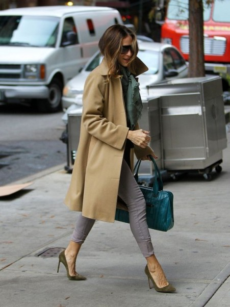 Sarah Jessica Parker casual chic street style ~ SJP outfits ~ coats