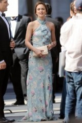 Leighton Meester as Blair Waldorf in gossip girl ~ floral printed gowns ~ long blue dresses ~ glamour ~ fashion ~ style ~ outfits