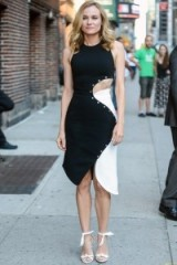 Diane Kruger wearing a monochrome outfit in New York. Celebrity dresses | star style fashion | street style USA