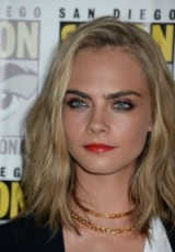 Cara Delevingne hair & make up