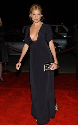 Sienna Miller red carpet style - flipped