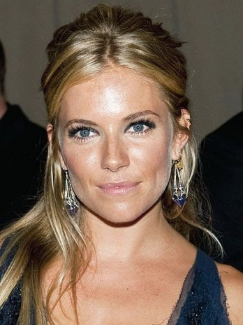 Sienna Miller hair and beauty ~ celebrity make up ~ jewellery ~ statement drop earrings