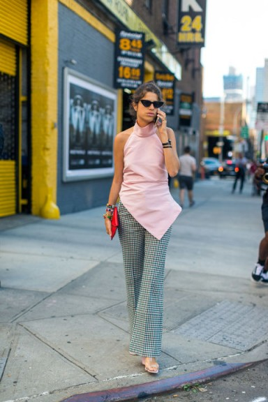 Fashion Blogger Leandra Medine Street Style At New York Fashion We