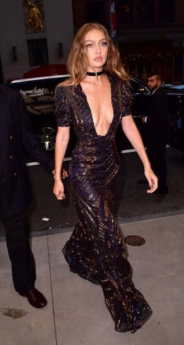 Gigi Hadid arriving at The Daily Front Row's 4th Annual Fashion Media Awards in NYC in September 2016 – models fashion – event dresses – celebrity style clothing