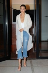 Gigi Hadid's casual chic look out in NYC, September 2016 – celebrity style – models fashion – outfits