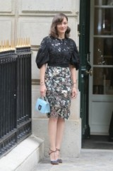 Marion Cotillard at Dior Haute Couture F/W 2016-17 at PFW, July 4, 2016 – French women with style – stylish actresses – chic designer outfits