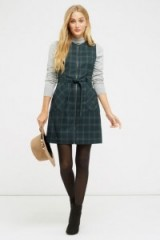 Oasis Green Check Zip Front Dress – Autumn shift dresses – winter day fashion – sleeveless belted shift – checks