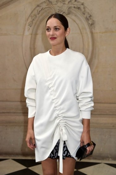 Marion Cotillard at Dior SS17 Paris Fashion Week ~ women with style ~ stylish French actresses - flipped