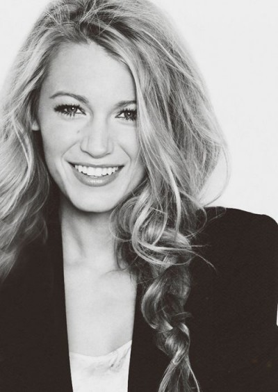 Blake Lively messy braid