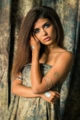 Beautiful metallic gold temporary tattoos – body art – hair and make up