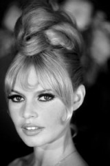 Beautiful Brigitte Bardot with a stunning updo! – French style – stylish French actresses – celebrity hairstyles – beauty – beautiful women – chic updos