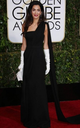 Wearing Dior Couture, Amal Clooney attends the 2015 Golden Globes