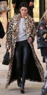Kendall Jenner's glam street style…long statement leopard print coat, light grey sweat top, black skinny leather trousers, Gucci boots and carrying a small black leather Hermes Birkin. Celebrity outfits | casual glamour | star style winter coats | models off duty