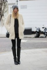 Stylish chic and snugly | winter street style outfits