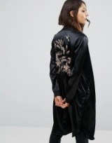 Pull&Bear Satin Embroidered Longline Kimono in black. Silky kimonos   Oriental style fashion   Japanese style bird and floral embroidery jackets