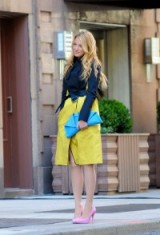 Serena dressed in a navy and yellow Reed Krakoff trench, sky blue clutch and pastel pink high heeled courts ~ gossip girl coats ~ street style fashion ~ unforgettable outfits