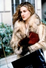 Carrie in vintage fur ~ Sex and the City ~ fashion ~ glamour ~ glamorous looks ~ accessories ~ Carrie Bradshaw style