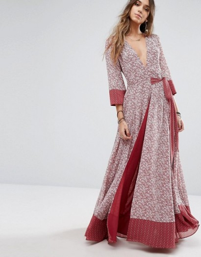 Tularosa Jolene Maxi Dress dusted berry – long wrap style dresses – floral print – tie waist – spring/summer fashion – plunge front neckline – 3/4 length sleeves