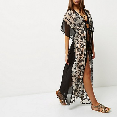 RIVER ISLAND black floral print maxi kaftan. Kimono sleeve kaftans | oriental style cover ups | pool cover up | chic beachwear