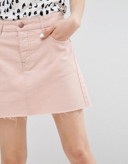 ASOS Denim Low Rise Skirt in Washed Pink – frayed hem mini skirts