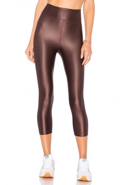 KORAL LUSTROUS HIGH RISE CROP LEGGING BORDEAUX. Dark red cropped leggings | stretch fit sports pants