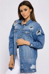 In The Style MAISEE LIGHT WASH DISTRESSED LONGLINE DENIM JACKET