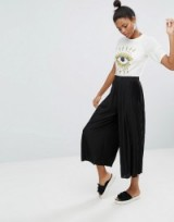 Monki Pleated Wide Leg Trousers   black cropped pants