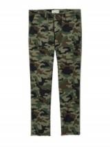 NILI LOTAN LIGHT CAMOUFLAGE PRINT JENNA PANT W/ TAPE   camo printed trousers
