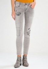 Diesel GRUPEE-S-NE SWEAT JEANS | distressed slim fit