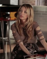 gossip girl style…Serena van der Woodsen leading the way in fashion wearing a cut out sweater