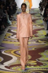 Emilio Pucci at Milan Fashion Week Fall 2017 – luxe runway clothing – chic suits