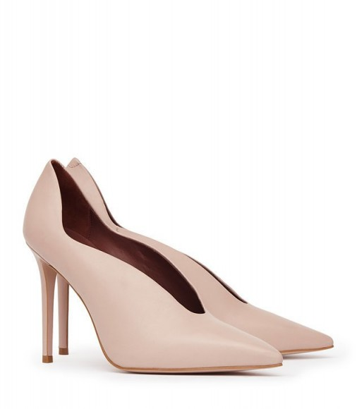 REISS JIL PATENT-LEATHER CURVE-DETAIL SHOES NUDE ~ curved courts ~ evening court shoes