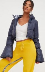 PRETTY LITTLE THING NAVY FLARED SLEEVE PUFFER JACKET – cropped padded jackets