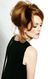 Julianne Moore chic style / stylish women
