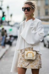 Paris street style ~ white, gold and tortoiseshell…perfect! ~ stylish looks ~ chic outfits