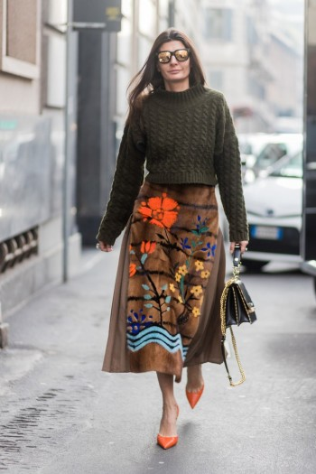Giovanna Battaglia Engelbert street style…floral skirt, chunky knit and orange pointed toe pumps.