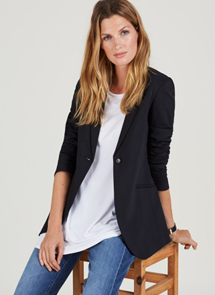ISABELLA OLIVER ALTHEA TAILORED MATERNITY BLAZER ~ smart black pregnancy jackets