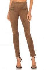 BCBGMAXAZRIA MORIS LEGGING light mocha   skinny brown pants