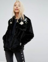 Jakke Cropped Faux Fur Jacket With Western Embroidery & Studding Details