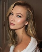 Karlie Kloss #models #hair #hairstyles #celebrity