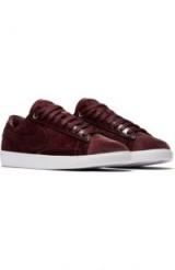 NIKE Blazer Low LX Sneaker | burgundy trainers