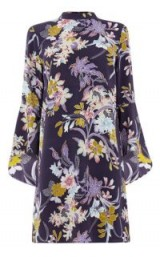 Warehouse ORCHID FLARED CUFF DRESS / purple print party dresses