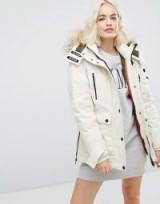 Tommy Hilfiger Denim Down Arctic Logo Parka / white winter coats