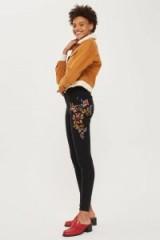 TOPSHOP MOTO Washed Black Floral Jeans – skinny denim – embroidered