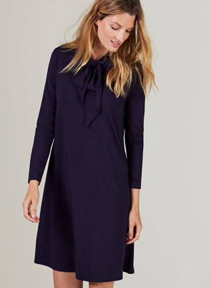 CARINE MATERNITY DRESS ISABELLA OLIVER CARINE MATERNITY DRESS – navy blue pregnancy dresses - flipped