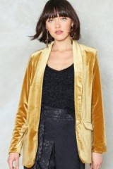 Nasty Gal Get a Gold of This Velvet Blazer – luxe style evening blazers