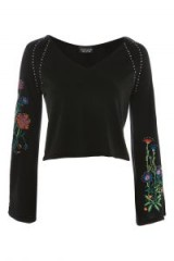 TOPSHOP V-Neck Stud and Embroidery Detailed Jumper / black floral embroidered wide sleeve jumpers