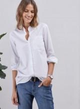 BAUKJEN DRUE COTTON SHIRT / white mandarin collar shirts / relaxed style